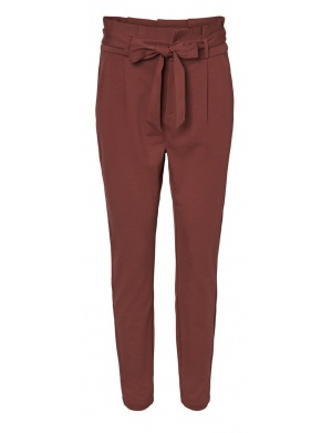 Chino femme rouge