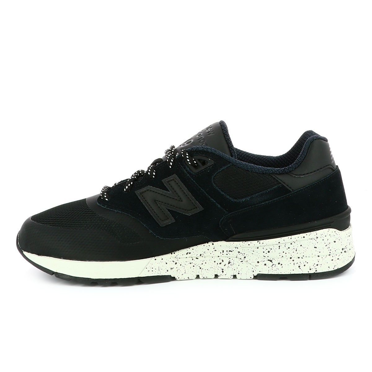 the best attitude e901f e2bb7 Baskets homme noir NEW BALANCE